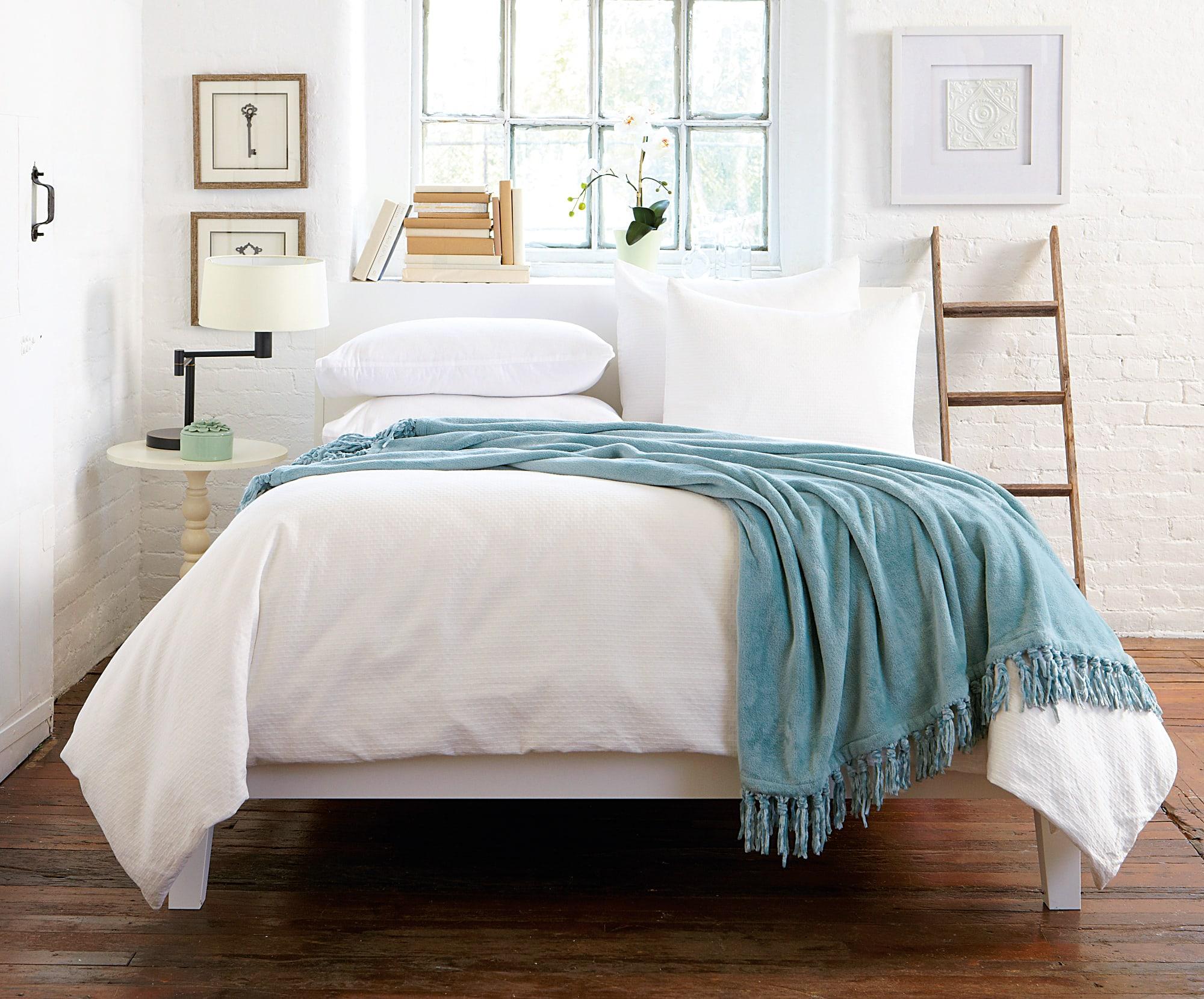 home-fashion-designs-studio141-photoshoot-2017-bedding-raya